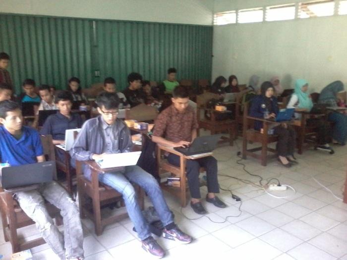 Peserta Pelatihan Blog Milad ke 23 FKMI Ulul Albab FAPERTA UNTAN