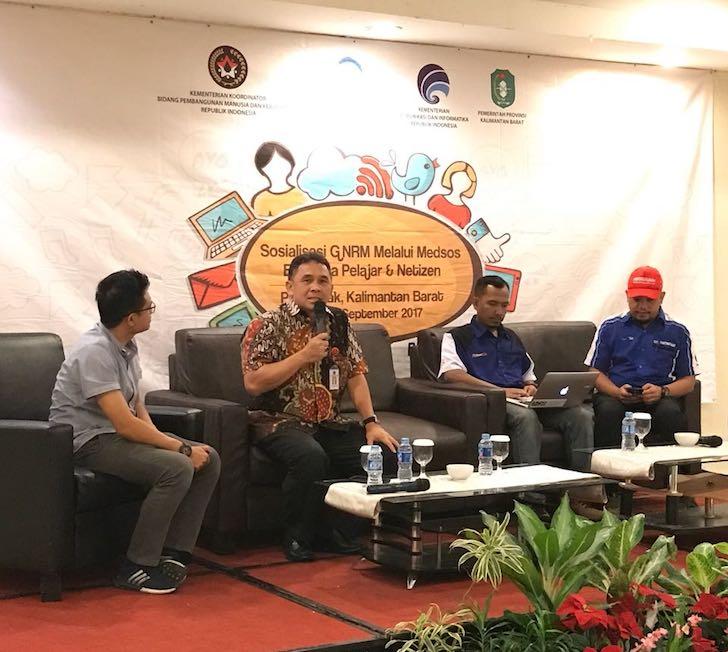 Narasumber Sarasehan Netizen dan Penggiat Media Sosial di Kalimantan Barat