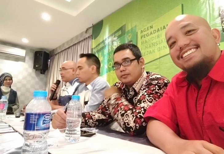 Blogger Borneo Menjadi Moderator Sosialisasi Agen Pegadaian IWITA Kalbar