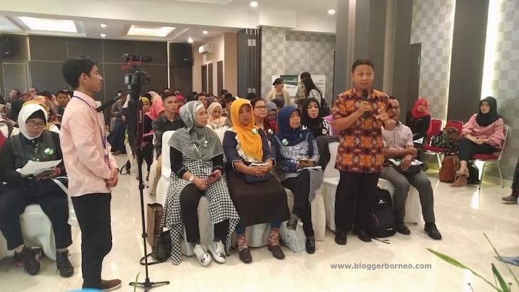 Sesi Tanya Jawab Sosialisasi Agen Pegadaian IWITA Kalbar