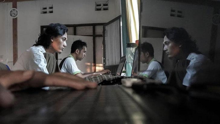 Aktivitas Online Santri Pesantren Sintesa