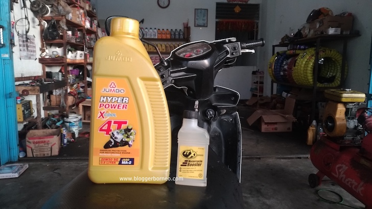 Blogger Borneo Gunakan JTX3000 Motorcycle Booster