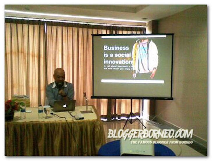 Dicky Sukmana Narasumber Workshop UMKM Pontianak Go Online